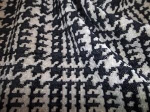 tissu pied de poule-dabovilletapissierpau